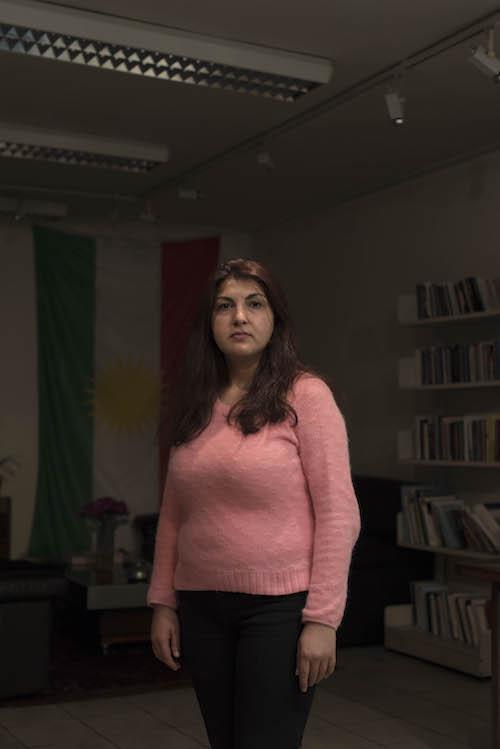 002_Les Kurdes de Paris_2015_HamidAZMOUN_Saziye1999_HAZ3434