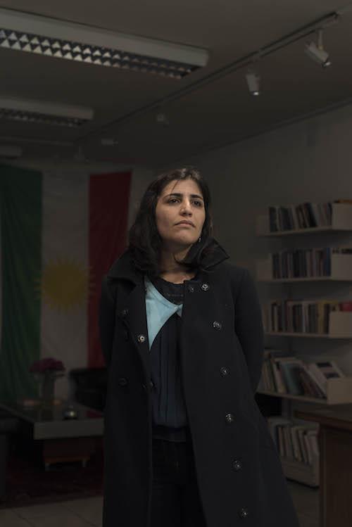 008_Les Kurdes de Paris_2015_HamidAZMOUN_Elham2013_HAZ3164