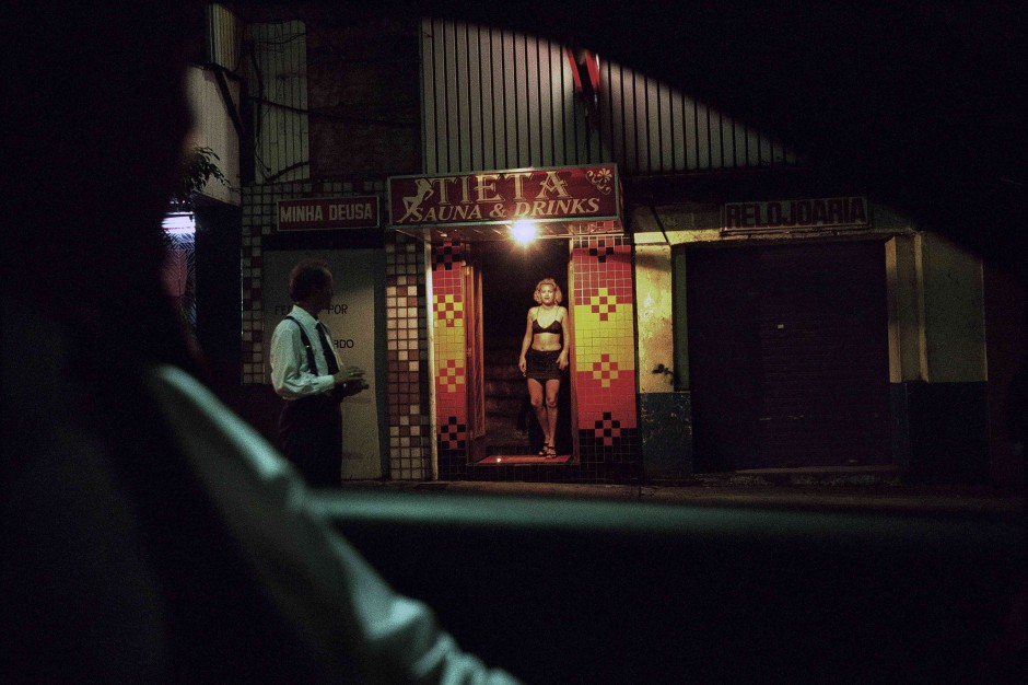 BRAZIL. Town of Sao Paulo. 1997. A prostitute in the red-light district of Sao Paulo.  Contact email: New York : photography@magnumphotos.com Paris : magnum@magnumphotos.fr London : magnum@magnumphotos.co.uk Tokyo : tokyo@magnumphotos.co.jp  Contact phones: New York : +1 212 929 6000 Paris: + 33 1 53 42 50 00 London: + 44 20 7490 1771 Tokyo: + 81 3 3219 0771  Image URL: http://www.magnumphotos.com/Archive/C.aspx?VP3=ViewBox_VPage&IID=2S5RYD1RFAD8&CT=Image&IT=ZoomImage01_VForm